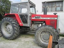 1982 TRACTOR FARM MASSEY FERGUS
