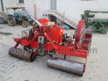 TRANSPLANTER SPAPPERI FOR PLANT