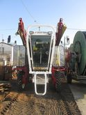 2004 STRADDLE TRACTOR / TRAMPOL
