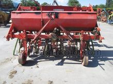 4 ROWS X 75 ROW CROP CULTIVATOR