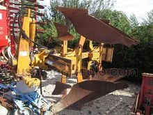 1990 PLOUGH 2BODIES MORO BVM AP