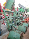 MACHINE FOR WEEDING WITH STILT
