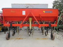 Used ROW CROP CULTIV