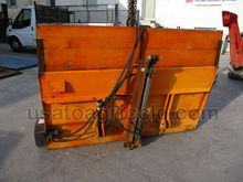 SALT SPREADER BOMBELLI AU160-20