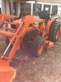 2003 Kubota L3130HST
