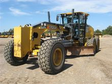 Used DEERE 872GP in