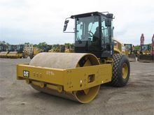 2015 CATERPILLAR CS66B
