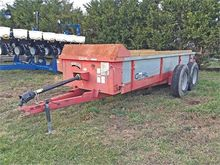 Used GEHL 325 in Day