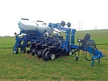 New 2014 KINZE 4900