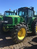 Used 2005 JD 7520 in