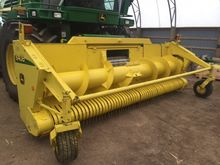 Used 2004 JD 640B in