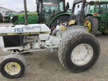 Used 1989 JD 2155 in