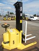 2005 Yale 4K Walkie Stacker