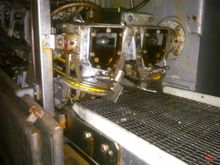1990 Filleting machine for poll