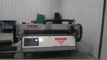 2004 Vicon 8000