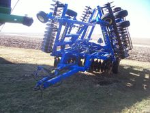 2009 Landoll 7430 VT Tiller Imp