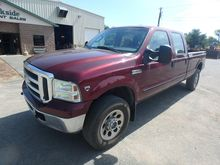 2005 FORD F350 XLT SD
