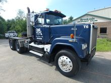 1985 MACK SUPERLINER RW613