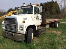 1992 FORD 8000