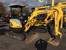 New HOLLAND E27B in