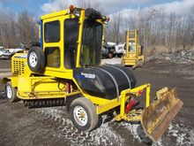 2013 SUPERIOR BROOM DT80CT