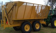 2016 Cameco High Dump Wagon