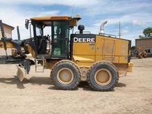 2011 John Deere 772G