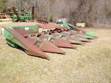 1988 John Deere 644 Corn Head