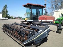 1993 MacDon 9000 WITH 920 HAY H
