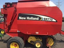 2005 New Holland BR770