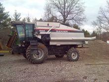 Used 2000 Gleaner R6