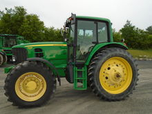 2009 John Deere 7230 Premium