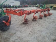 Kuhn 5 BOTTOM PLOW