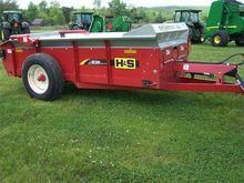 Used 2015 H&S 235 in