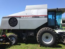 Used 1998 Gleaner R5
