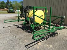 2015 LMC 200GAL 8 ROW SPRAYER