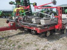 Permalink to White Farm Equipment 5100 Seed Boss Planter