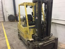 2000 Hyster S60XM