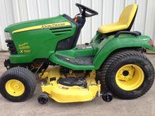 2008 John Deere X700