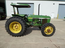 1983 John Deere 2550