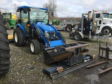 New Holland T2320