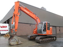 2004 Hitachi ZX135US
