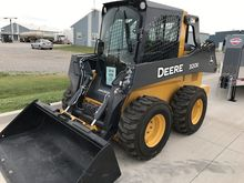 2016 John Deere 320E