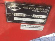 Kuhn 8 wheel rake