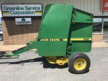1989 John Deere 335