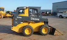 2014 John Deere 326E
