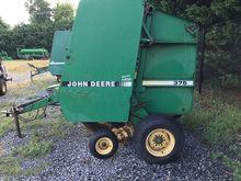 1989 John Deere 375