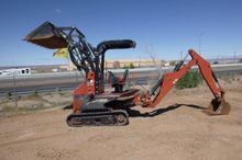 Ditch Witch XT1600 Excavator/To