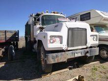 1966 Mack R600 T/A Dump Truck #