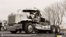 2010 KENWORTH T800 Damaged truc